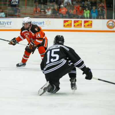 BG_vs_Mankato103114-9392