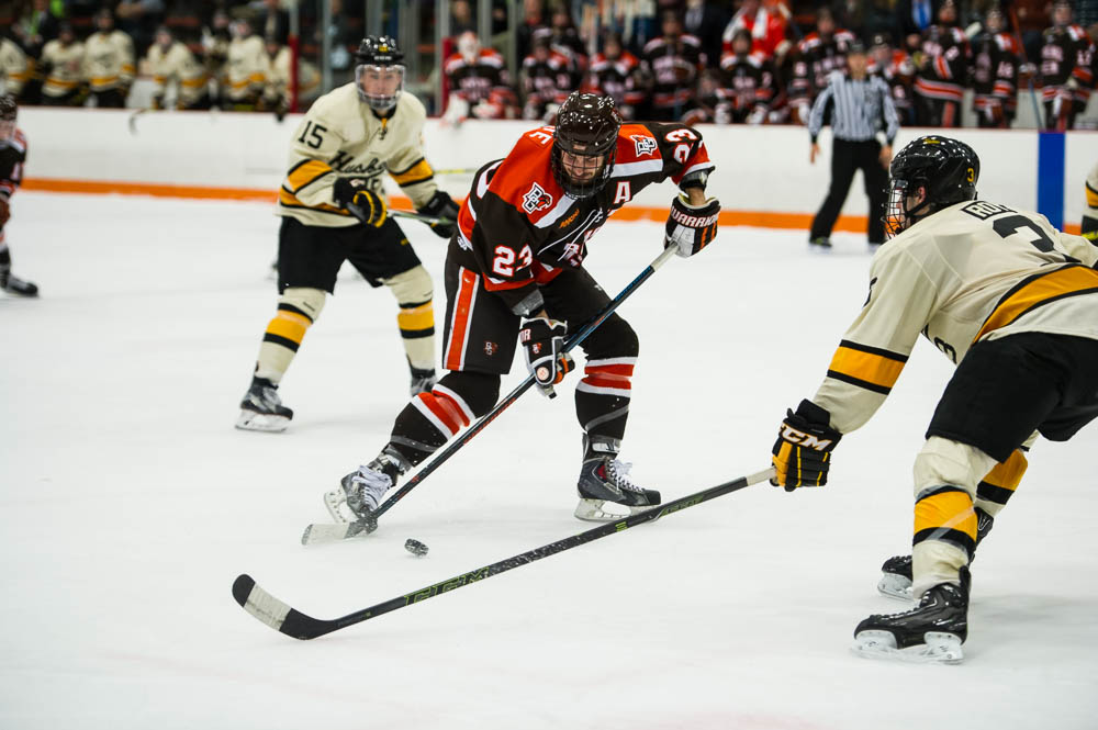 Updated: Falcons rally to earn 4-4 tie in series opener with Michigan Tech