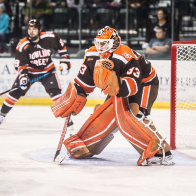Bowling Green's Chris Nell prepares to make a save against Bemidji State Oct. 8 (Photo by Todd Pavlack/BGSUHOckey.com).