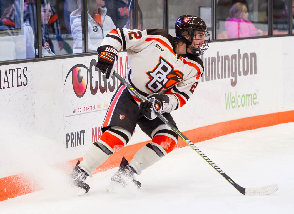 Beavers comeback in third period to tie Falcons, 3-3